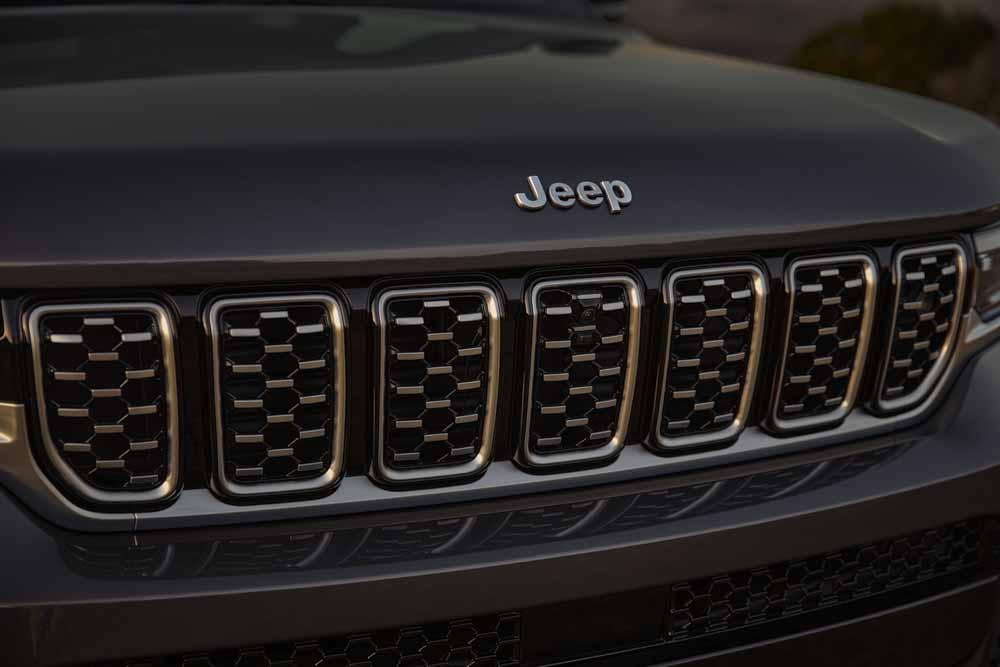 kien-jeep-grand-cherokee